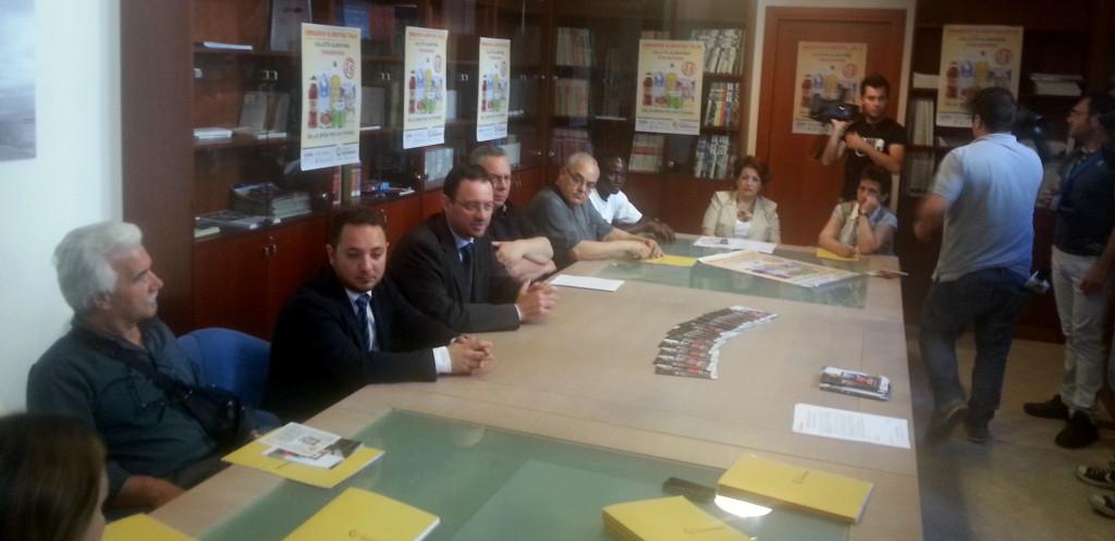 Il tavolo della conferenza stampa di presentazione della #Stracolletta