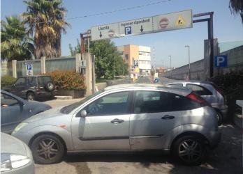 Pusher arrestato mentre spaccia eroina davanti l'Ospedale Garibaldi di Nesima