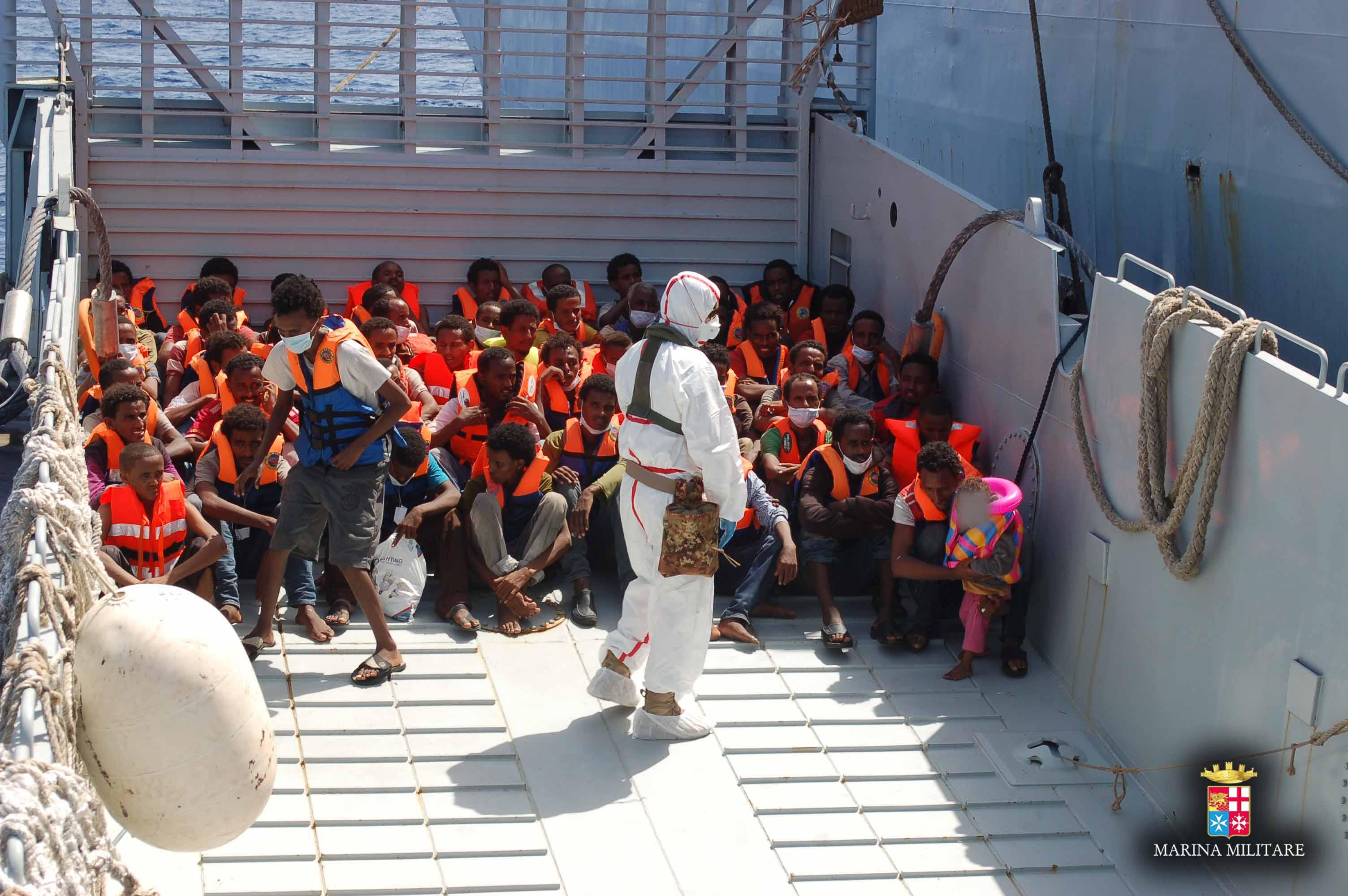 4.000 i migranti salvati e recuperati in 48 ore