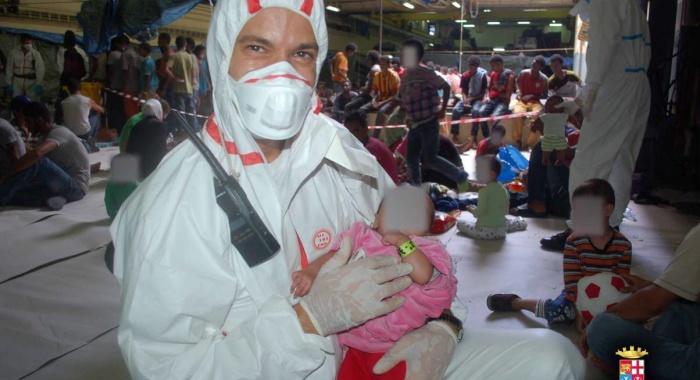 Migranti: i bambini della SanGiusto ringraziano Catania