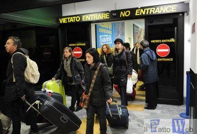 Catania:  RESPINTI IN AEROPORTO DUE IMMIGRATI SUDANESI PROVENIENTI DA MALTA FERMATI CON DOCUMENTI FALSI