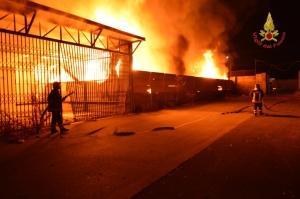 2014_09_08 Incendio ex mercato frutticolo (6)