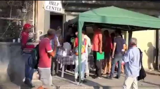 Naufragio migranti: la Caritas offrirà vestiti e la cena per i superstiti