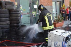 03 incendio gommista (2)