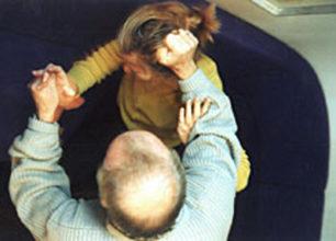Picchia la convivente mandandola in ospedale: Arrestato e rinchiuso in carcere.