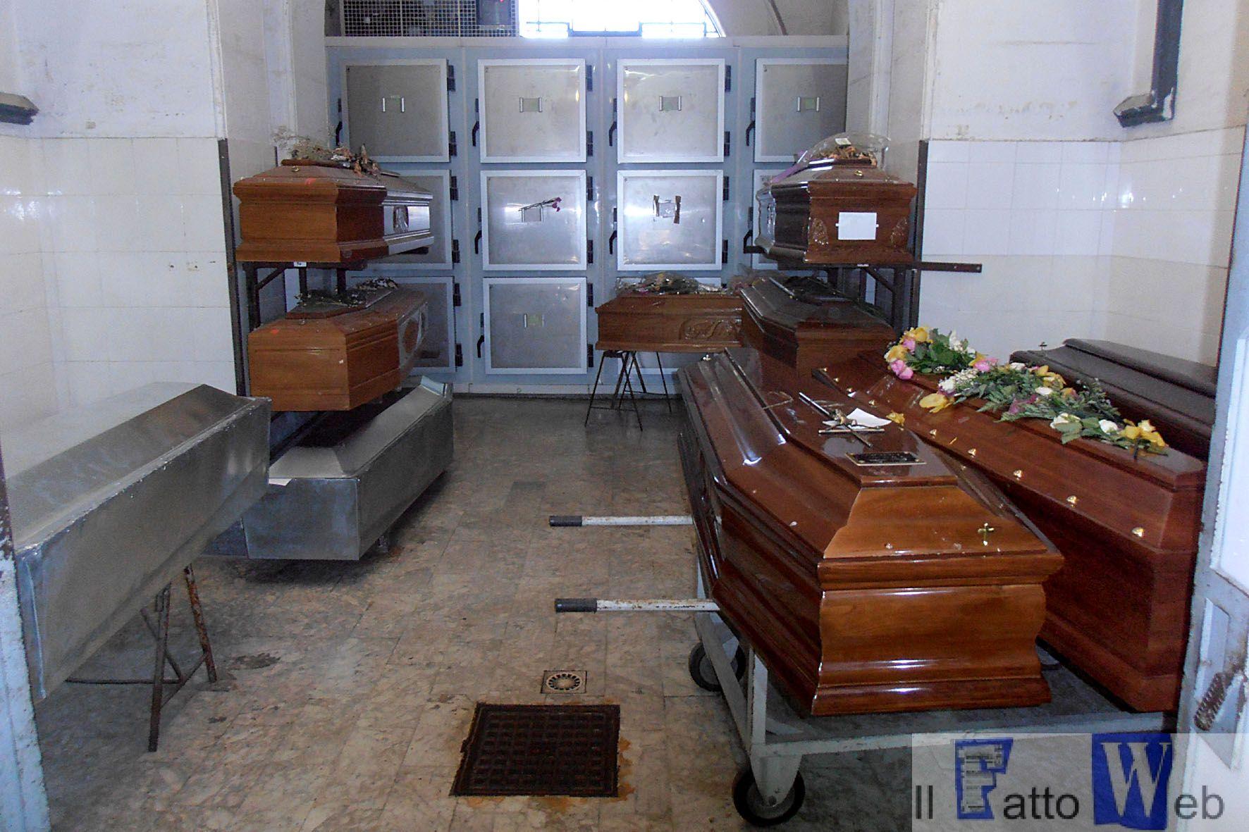 Catania Bare in fila da mesi con i defunti in attesa di ricevere una degna sepoltura