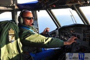 Il Col. Sicuso al suo posto di pilotaggio