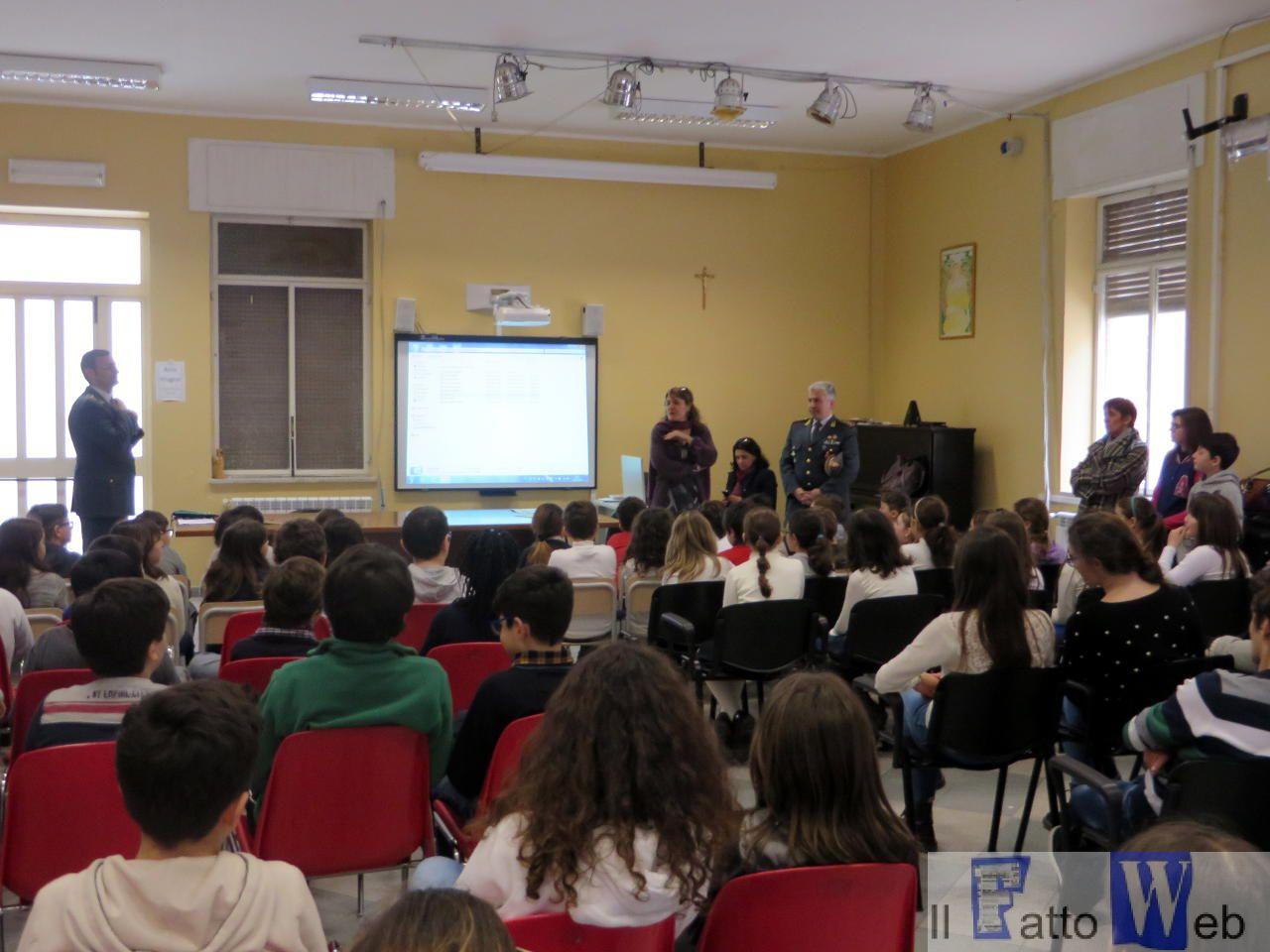 """""""Educazione alla legalità economica"""", la GdF  incontra i ragazzi dell'Istituto """"Paolo Orsi"""" di Siracusa"""