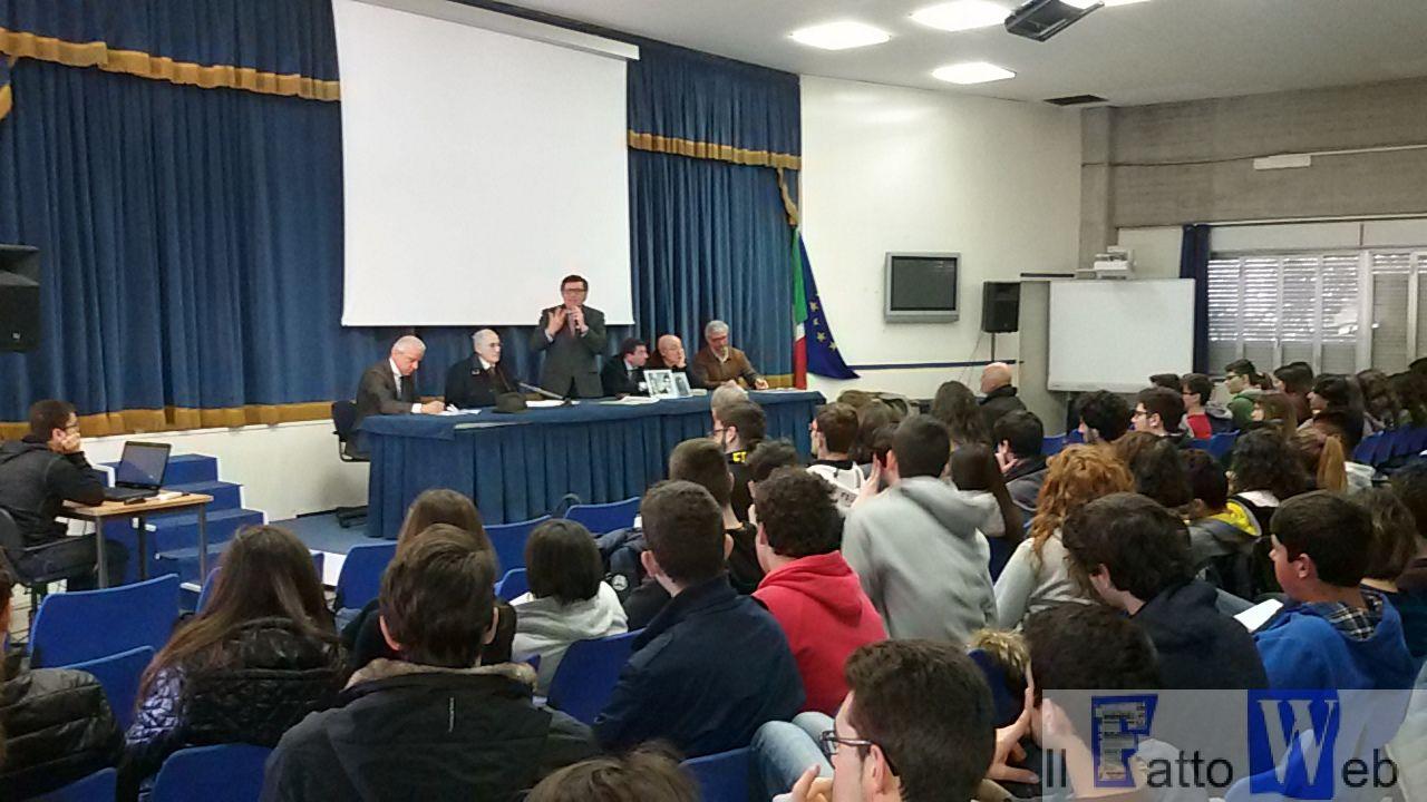 Lezioni di legalità al Liceo Scientifico Archimede di Acireale