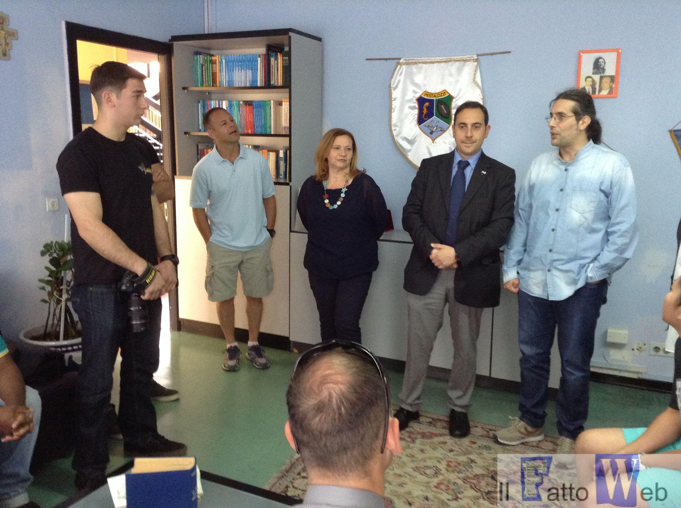 Militari americani di Sigonella aiutano gli studenti della Pestalozzi ad imparare l'inglese
