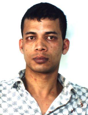 Rapina e ferisce un connazionale con un coltello: In manette un bengalese