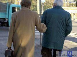 Acireale: Bruto picchia i genitori, il padre di 58 e la madre di 52 anni