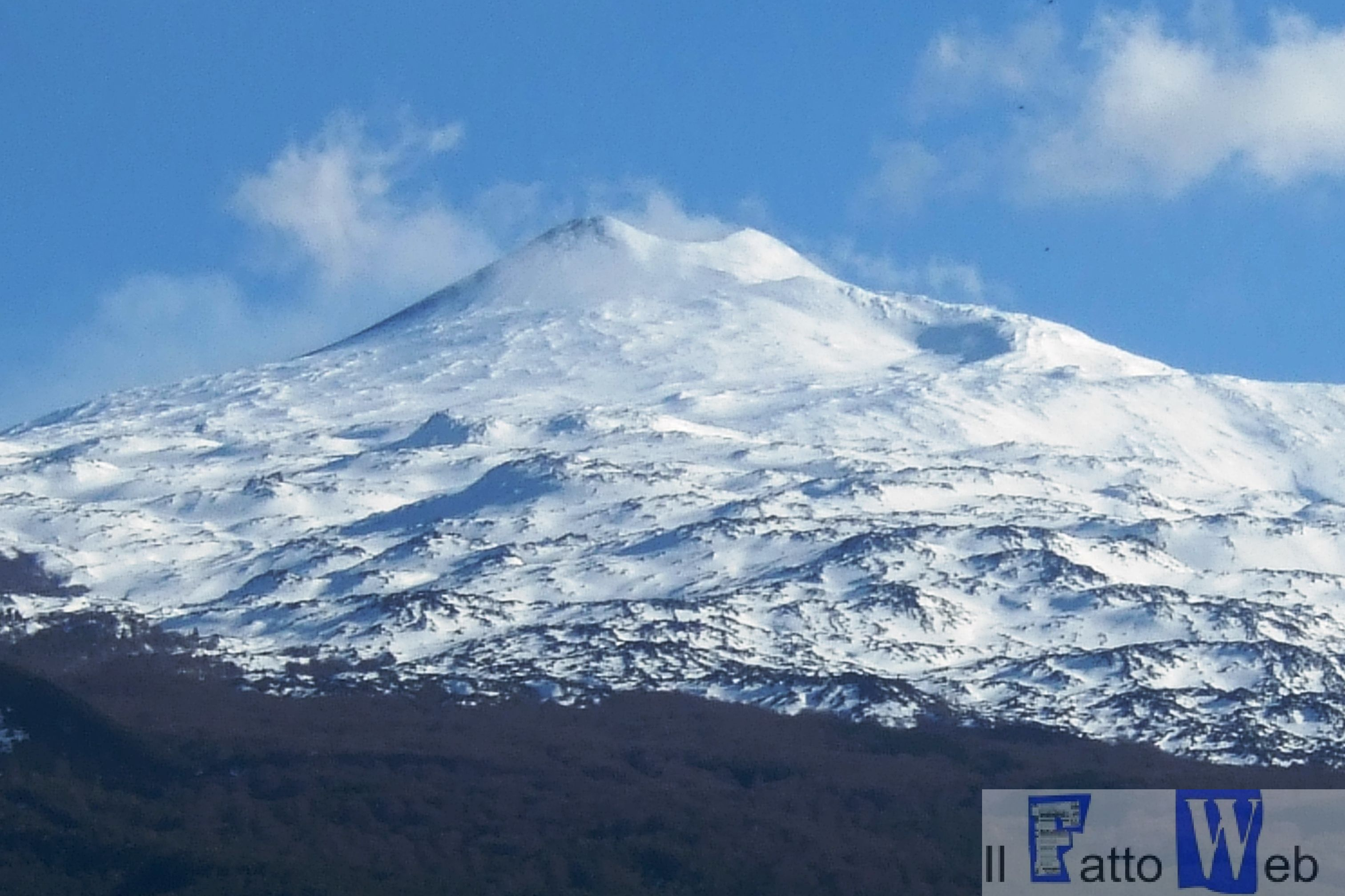 "Alle pendici dell'Etna con ""MaDe for hiking"" e la scuola Bushcraf ""la Fenice"""
