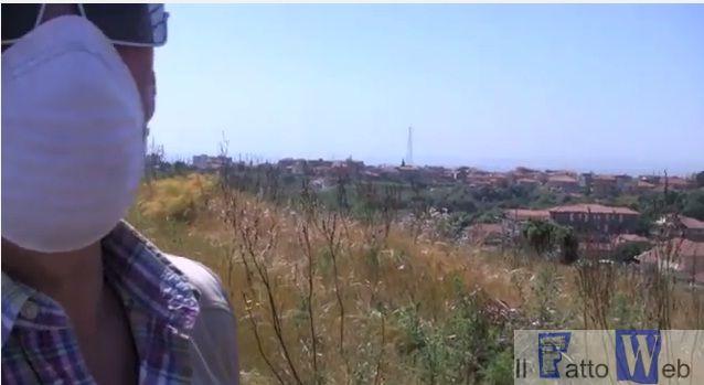 """Video -"""" Il parco tematico della monnezza"""": Monte Po (Ct) discarica a cielo aperto"""