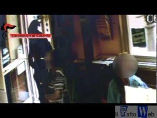 Video- Assaltano una tabaccheria a Belpasso (CT): Arrestati un 18enne e un 17enne del posto