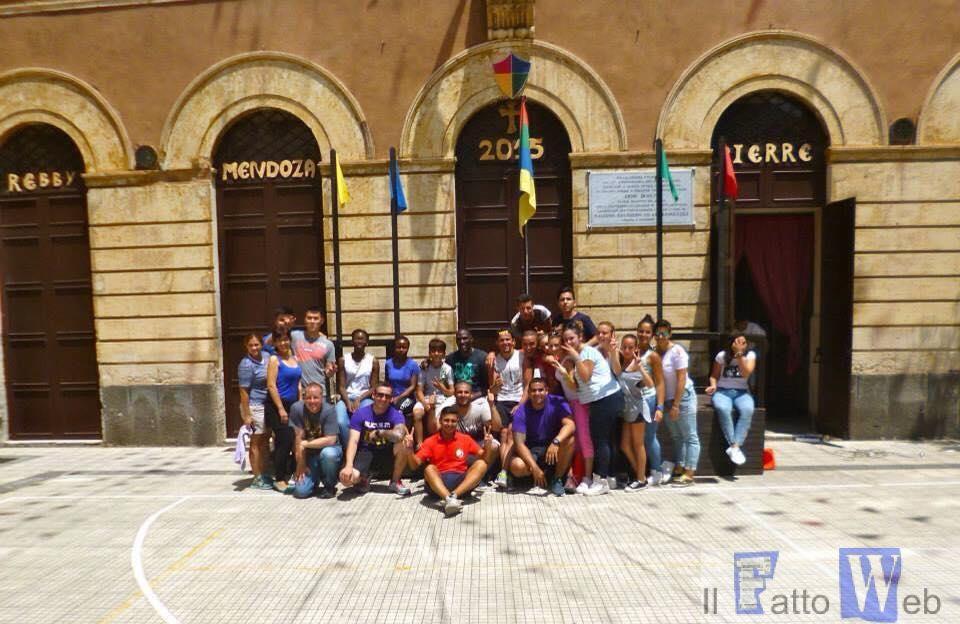 Militari americani di Sigonella all' Istituto San Filippo Neri di Catania per una giornata di volontariato