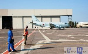 Transito a Sigonella velivolo P1 Marina Giapponese (3)
