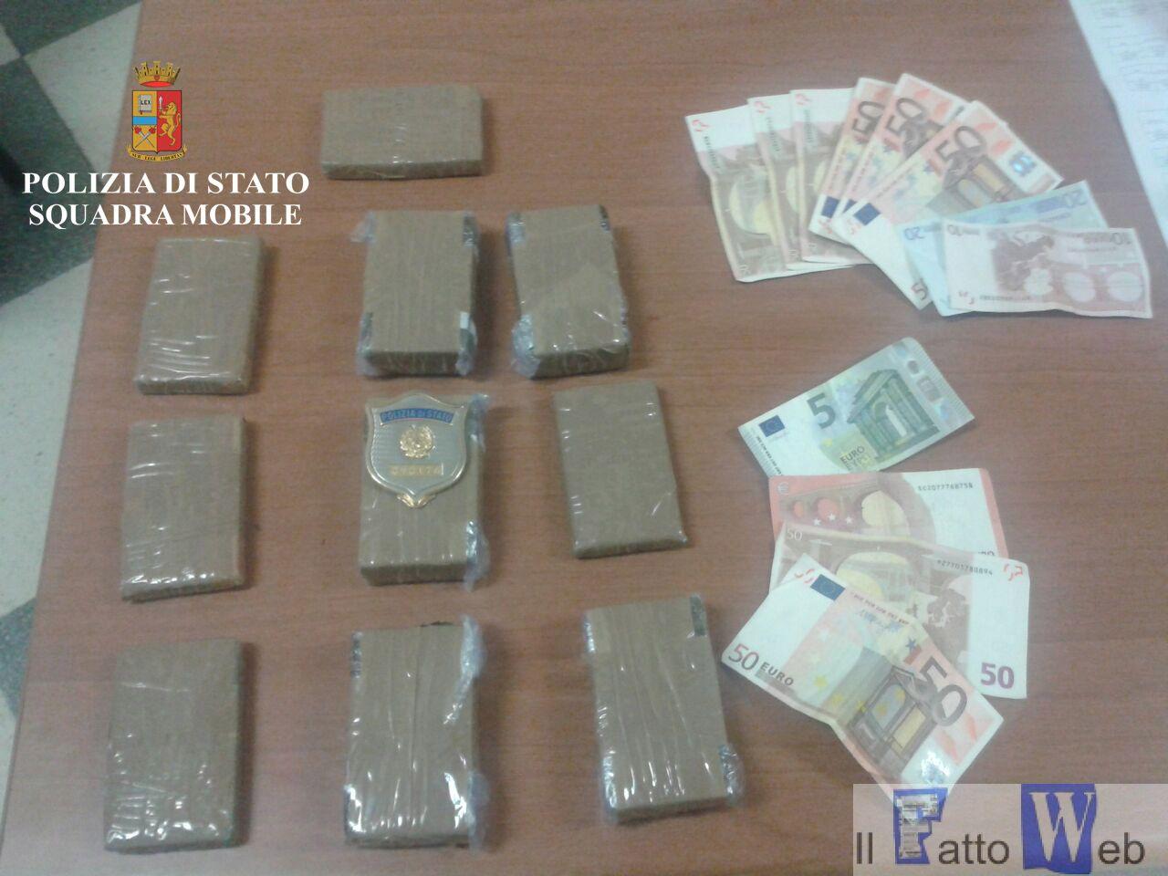 A Ragusa la Polizia di Stato ha tratto in arresto insospettabile ragusano corriere di hashish