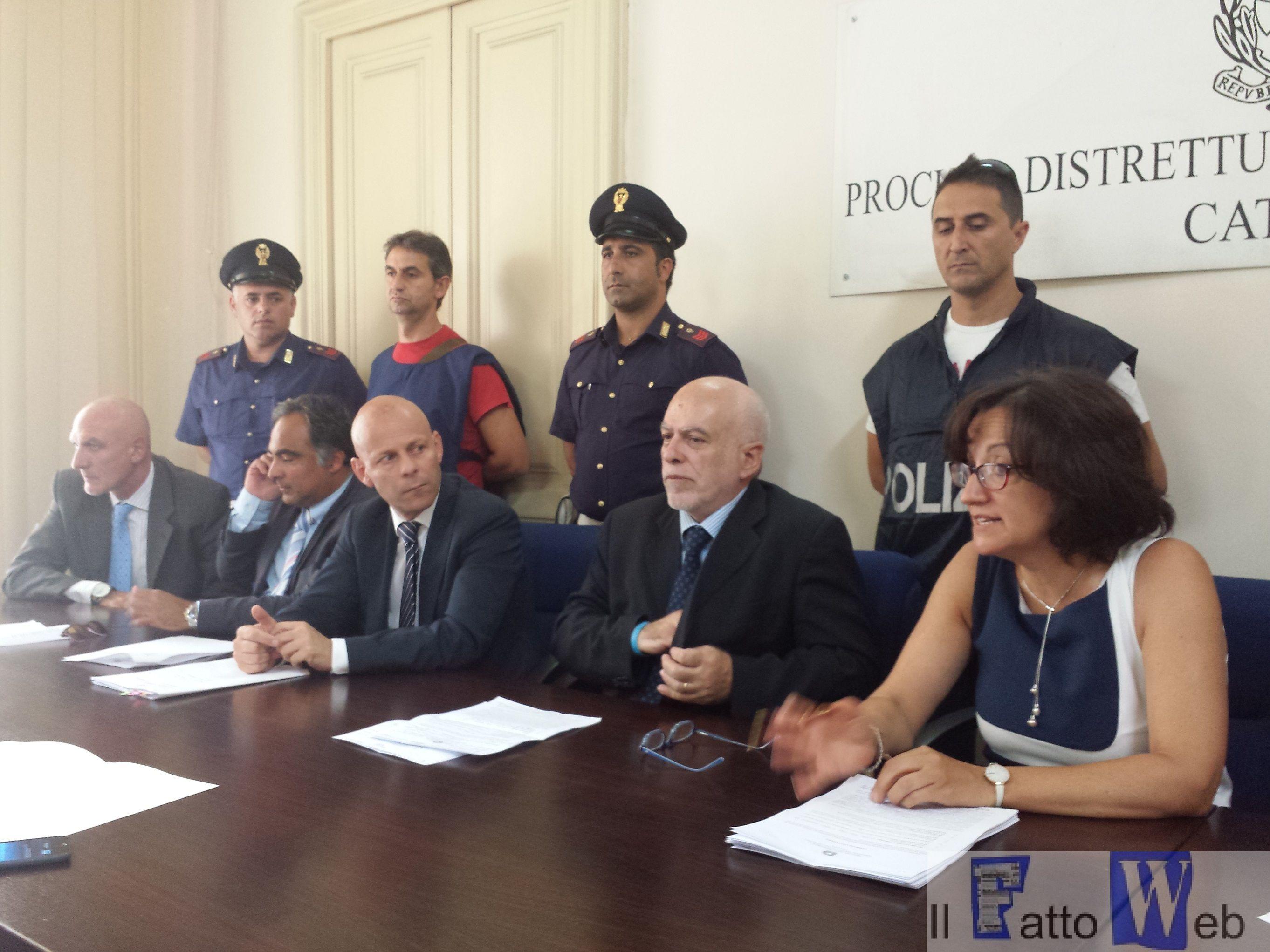 """Video -Estorsioni ad Adrano estirpata  """"famiglia Scalisi"""" alleata del clan """" Laudani"""""""