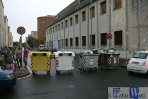 Residenti esasperati bloccano le strade di Nesima (Ct)