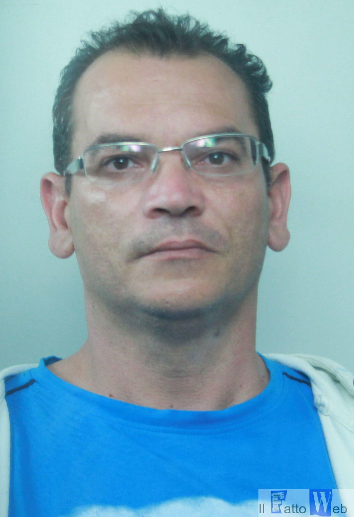 Arrestato piccolo corriere della droga nascondeva la cocaina nello schienale dell'auto