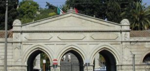 Cimitero: acqua in alcune tombe, situazione sotto controllo