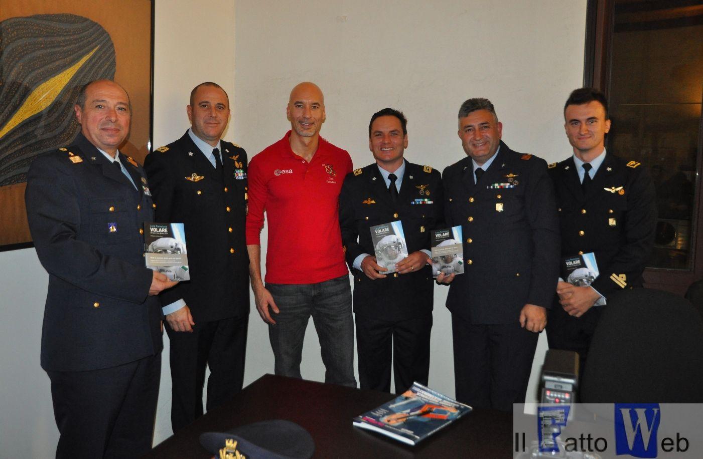 """A Palazzo della Cultura l'Astronauta Luca Parmitano presenta il suo libro sulla missione """"volare"""""""