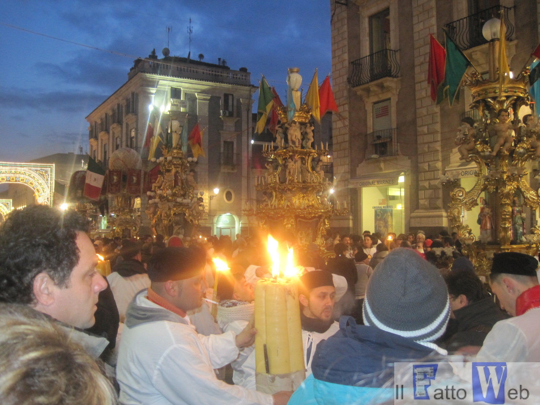 Festa di Sant'Agata: ordinanze del sindaco per divieto di accensione dei ceri