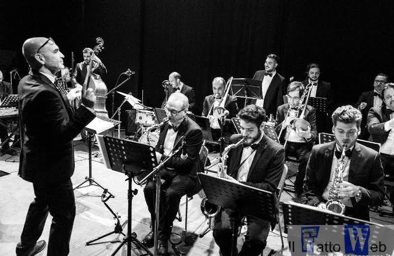 La musica swing arriva a Catania con le note dell'Hjo Jazz Orchestra