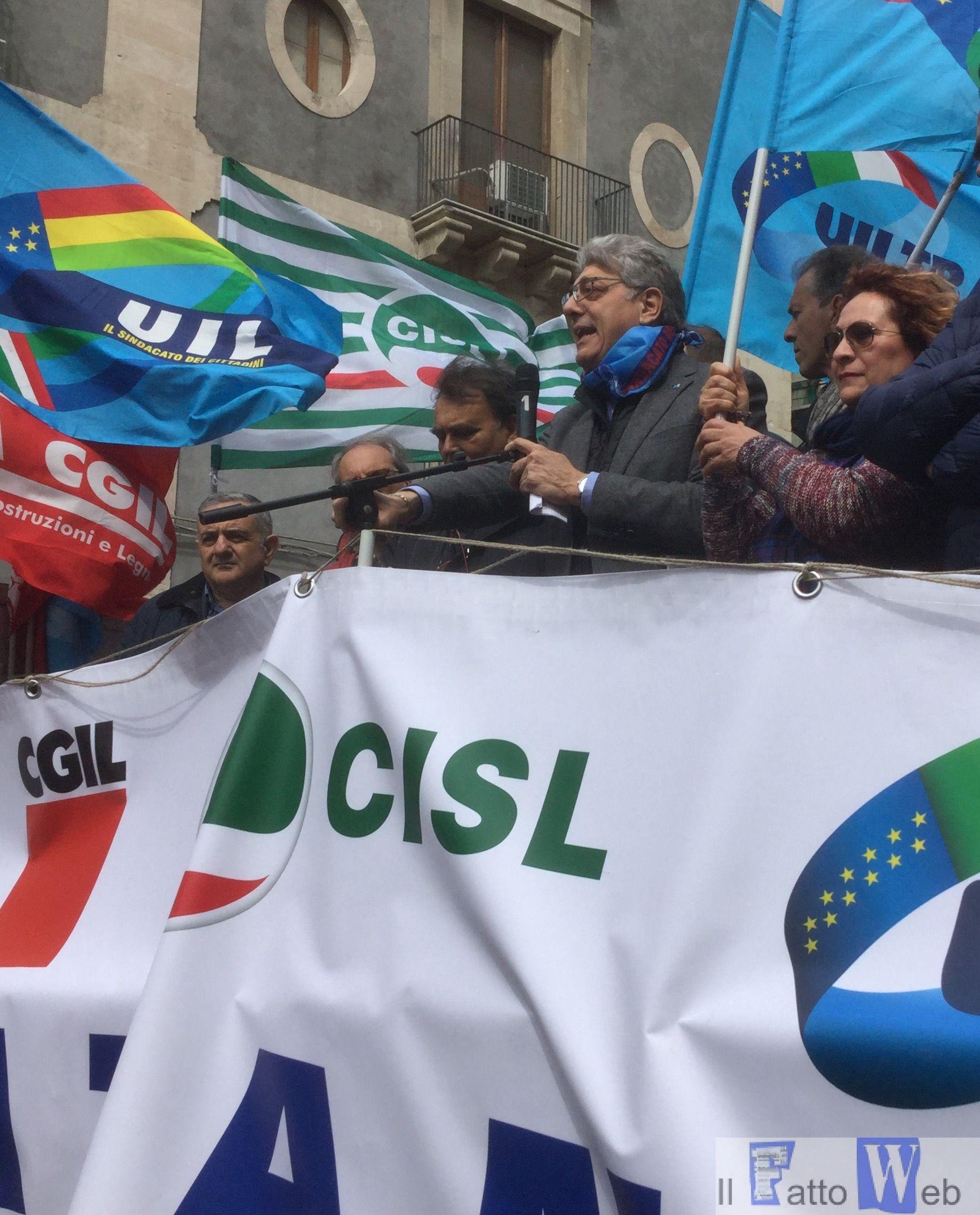 """Manifestazione unitaria del 2 aprile. Fortunato Parisi (UIL), """"Serve una riforma condivisa con i sindacati per porre rimedio ai disastri prodotti dalla Fornero"""""""