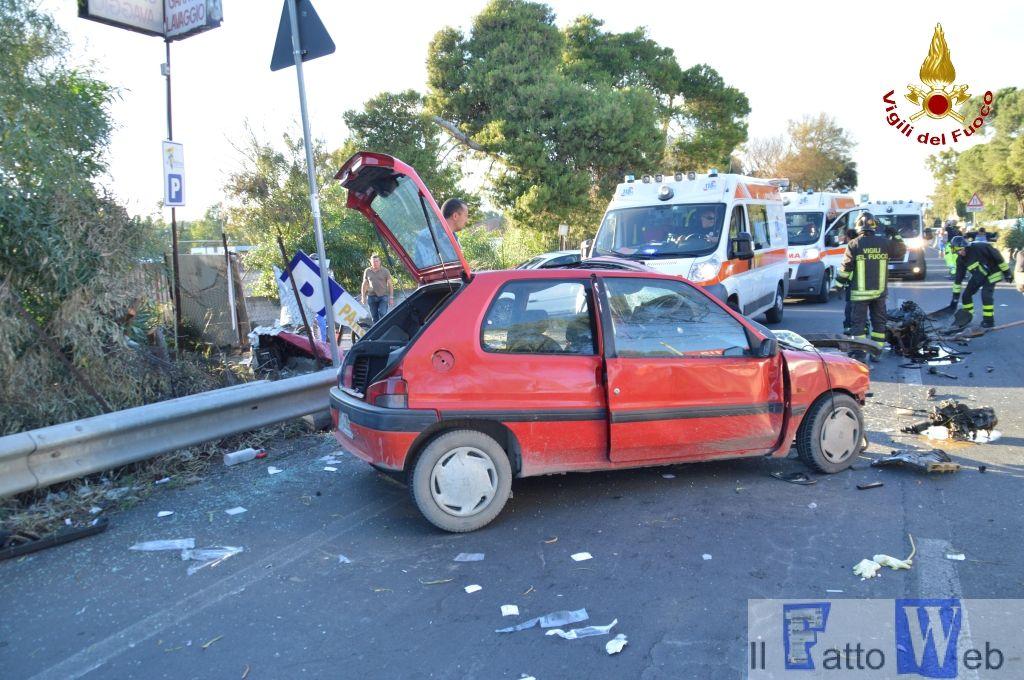Incidente stradale viale Kennedy zona Playa- Catania