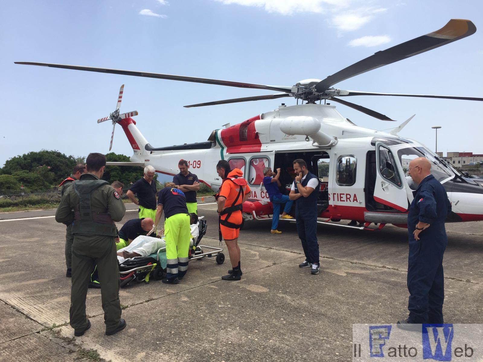 Guardia Costiera: attività di soccorso del 2° Nucleo Aereo di Catania