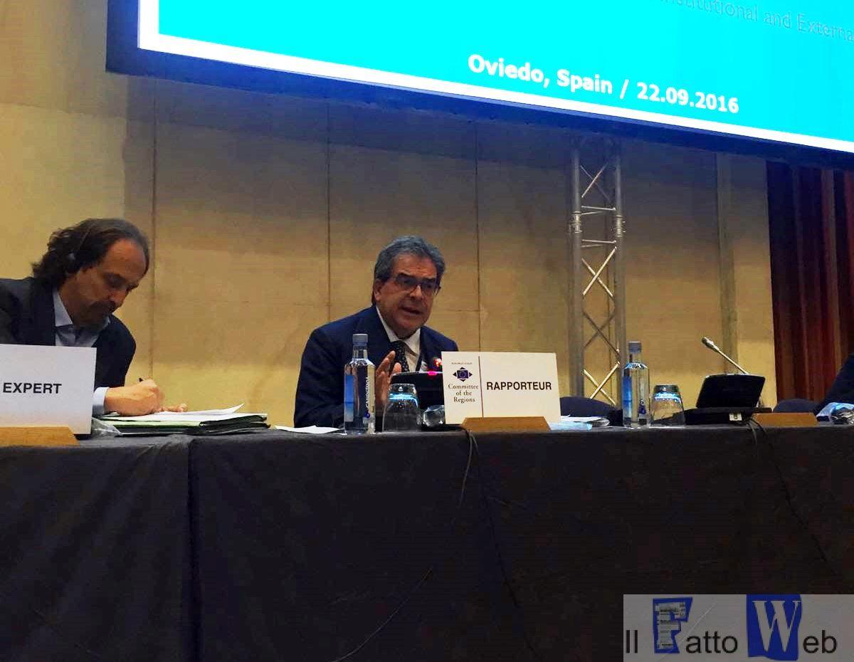 Migranti: Oviedo, Comitato delle Regioni approva parere Bianco su emendamenti Riforma asilo Ue