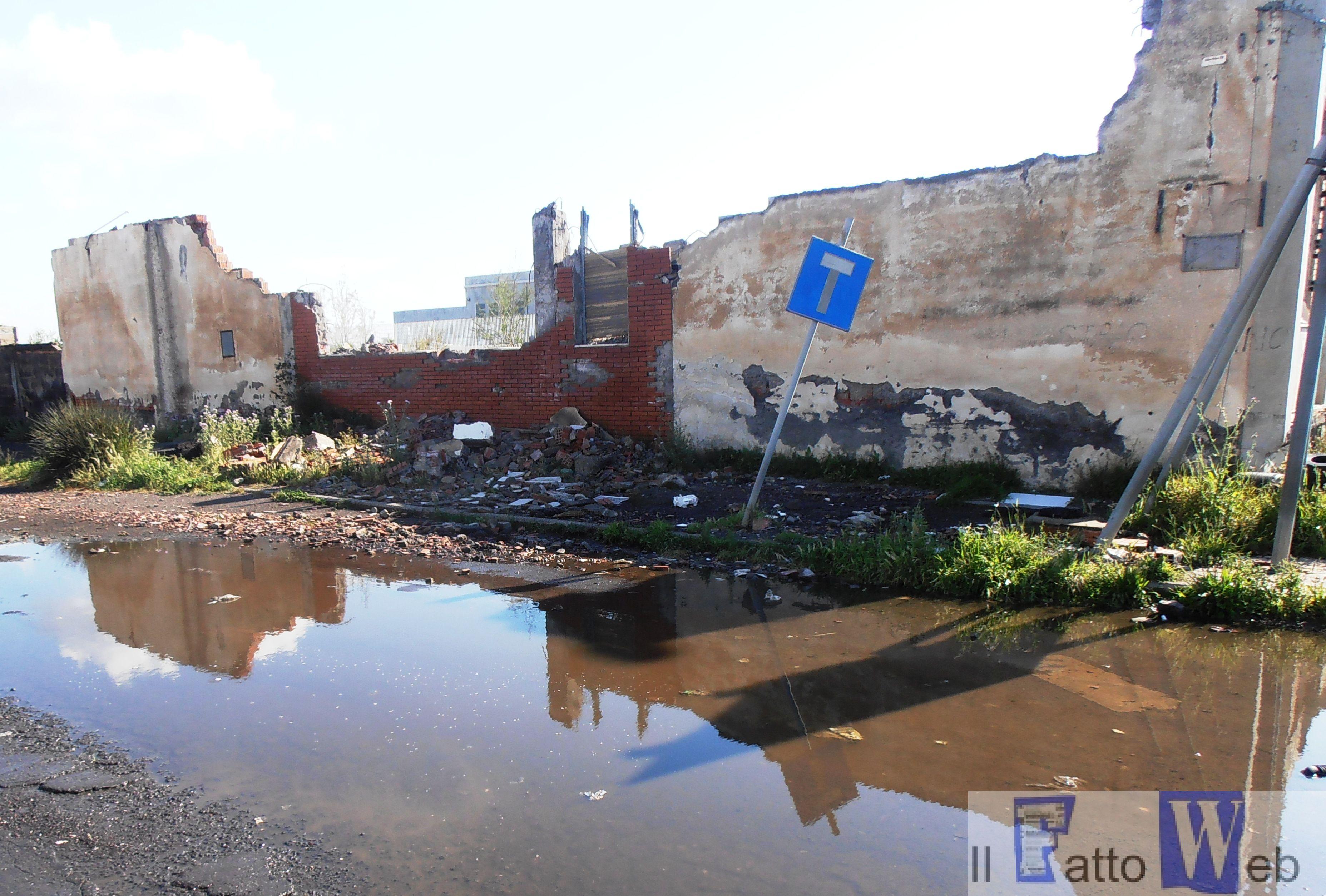 Zona industriale Catania nel completo abbandono