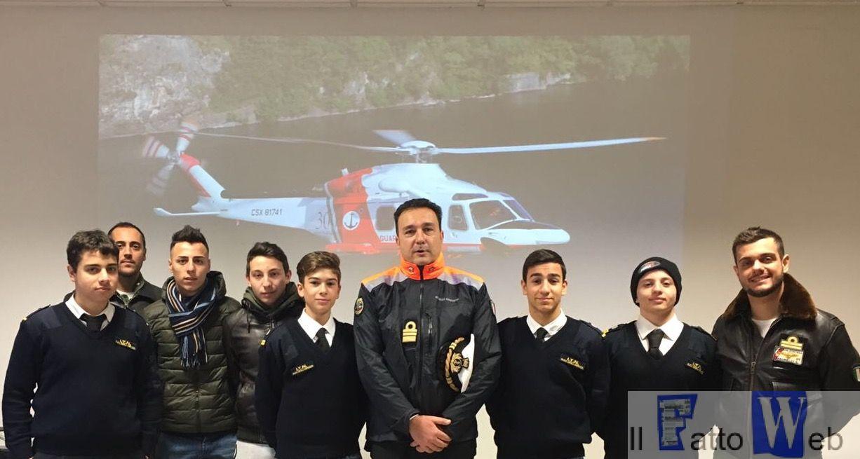 """Catania : """"Alternanza Scuola–Lavoro"""" al Nucleo Aereo Guardia Costiera"""