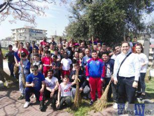Militari americani di Sigonella portano solidarietà alle periferie catanesi