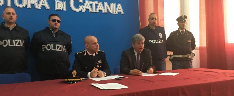 """Pranzo con manette: catturato il boss latitante Bonaccorsi """" 'u Carateddu"""" mentre si apprestava a accendere il barbecue"""