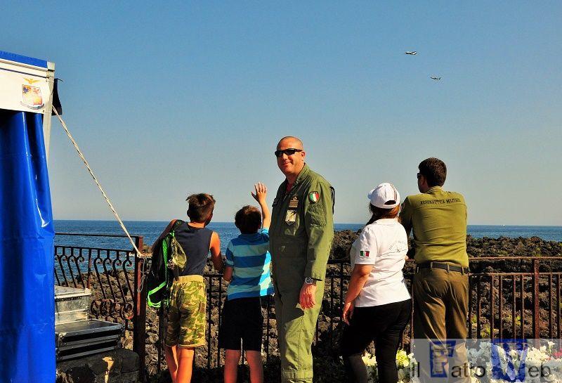 Il Comandante dell'Aeroporto di Sigonella al Giardini Naxos Air Show