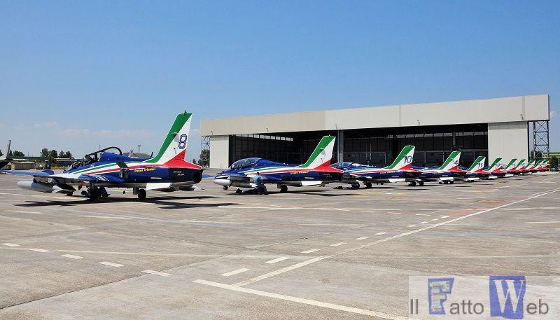 La Pattuglia Acrobatica Nazionale rischierata a Sigonella per Giardini N...