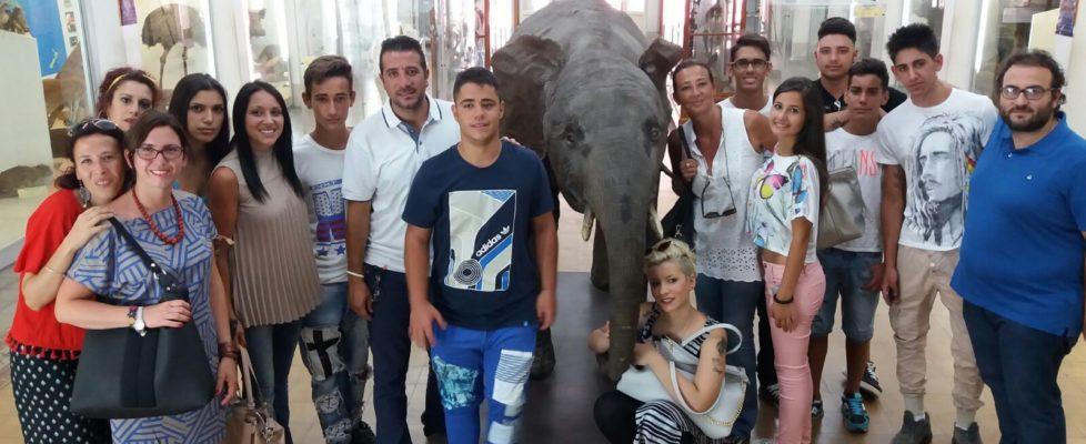 I ragazzi dell'ERIS in visita al Museo di Zoologia