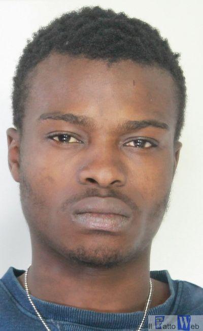 Aggredita una donna in Viale Vittorio Veneto. Arrestato un nigeriano