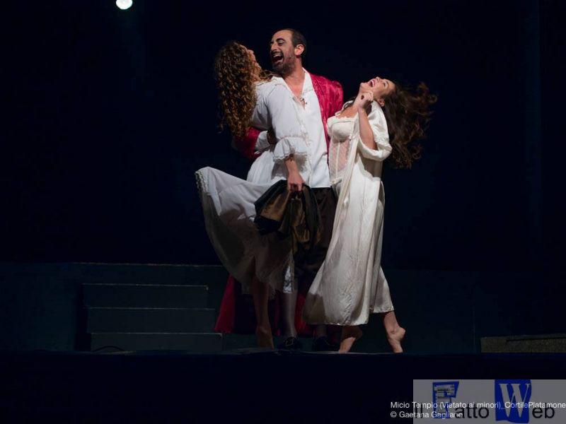 """Al Teatro Metropolitan ritorna """"Micio Tempio. Vietato ai minori"""" un omaggio alla catanesità"""