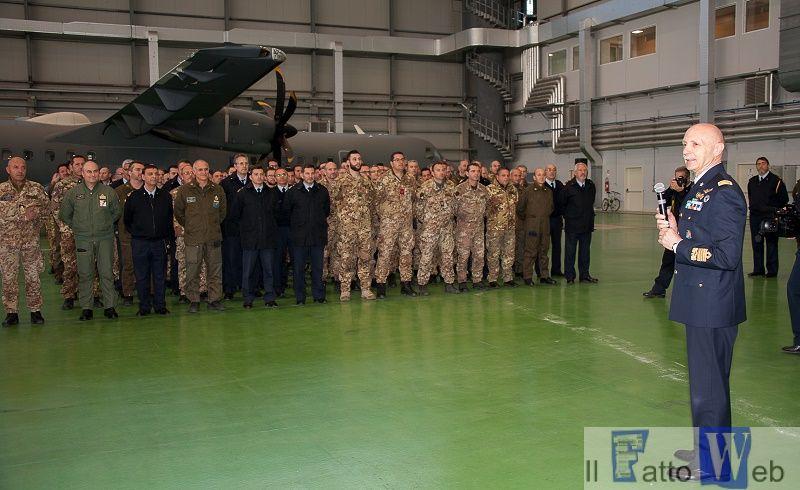 Il Capo di Stato Maggiore dell'Aeronautica Militare a Sigonella