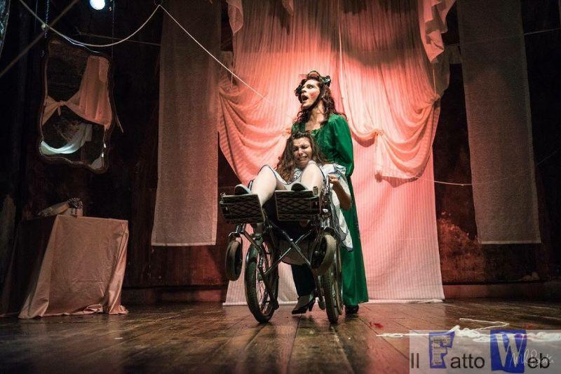 """La pièce """"Che fine ha fatto Baby Jane"""" da Catania vola in tour a Parigi"""