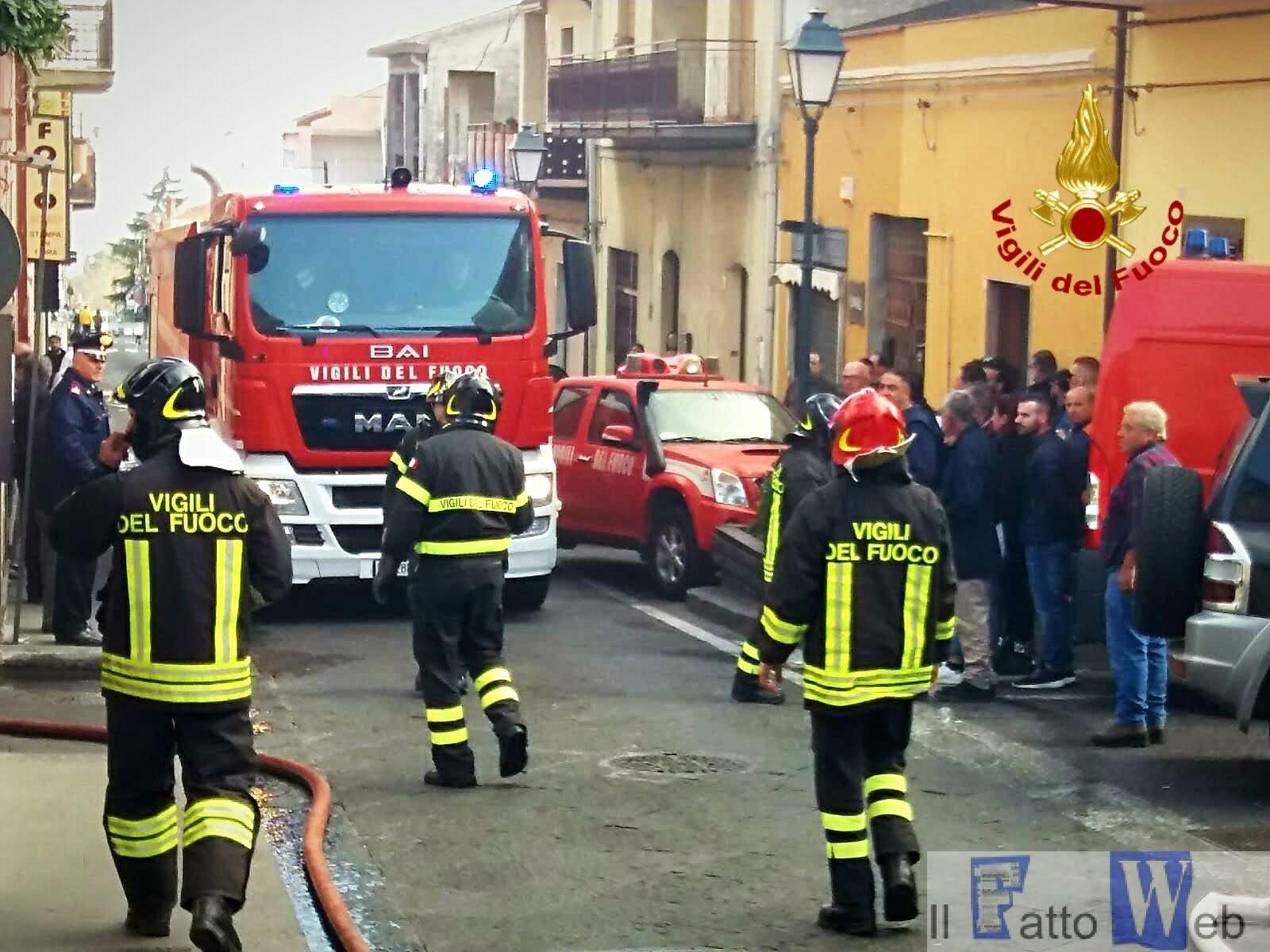 """Incendio all'interno del ristorante """"Decò"""" di Nicolosi"""