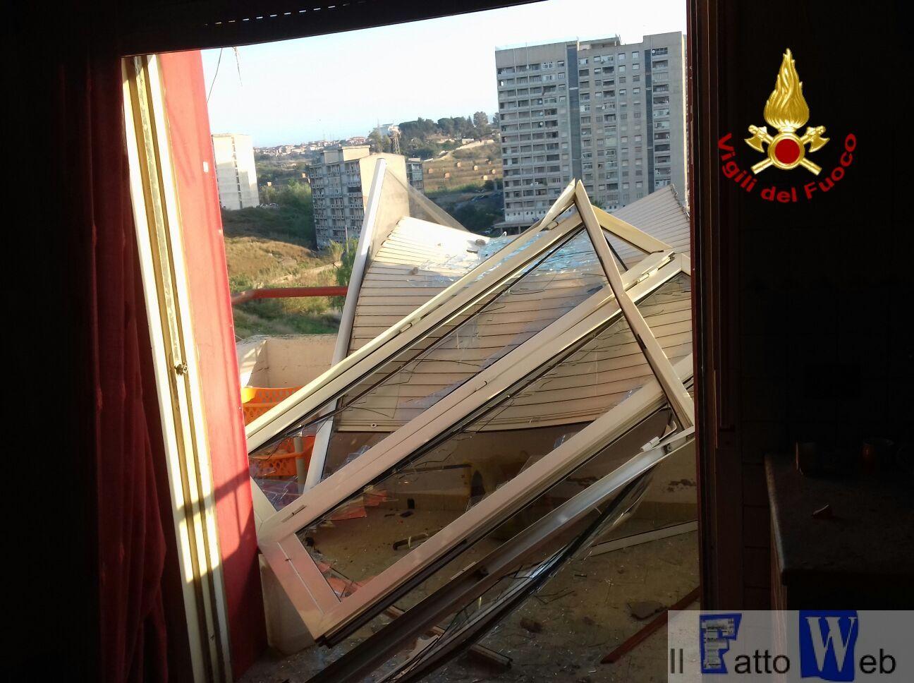 Esplosione in appartamento al viale Moncada a Catania