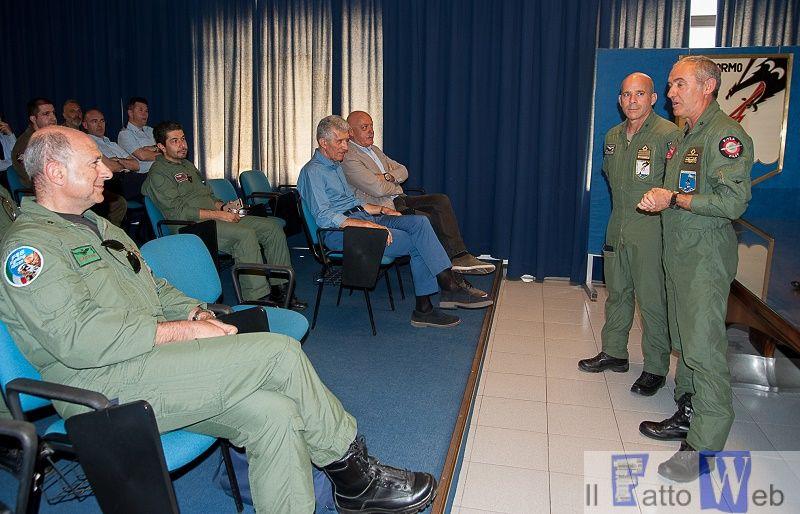 L'Ispettorato per la sicurezza del volo in visita a Sigonella