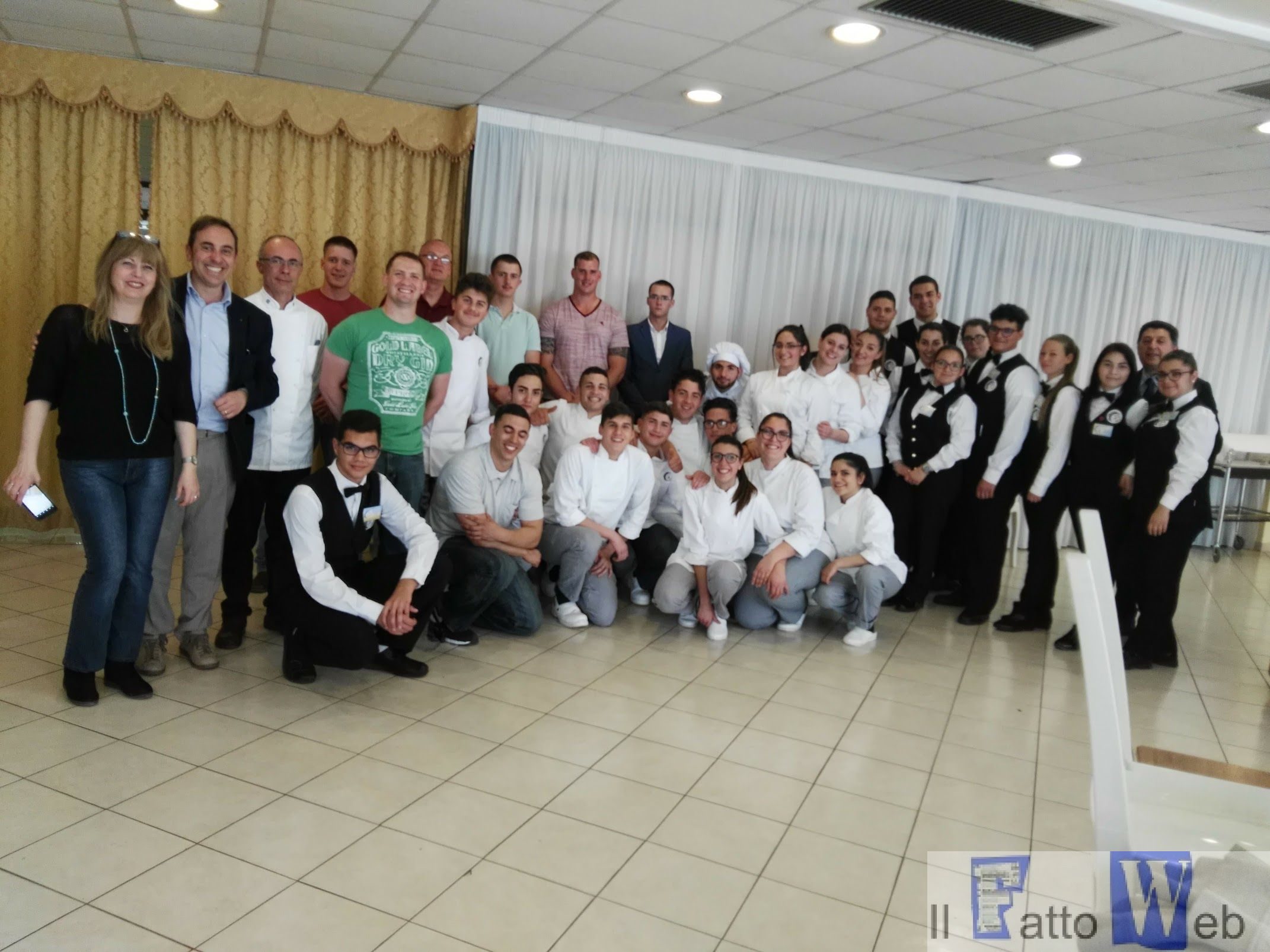 Marines di Sigonella aiutano gli studenti del Falcone di Giarre a migliorare l'inglese