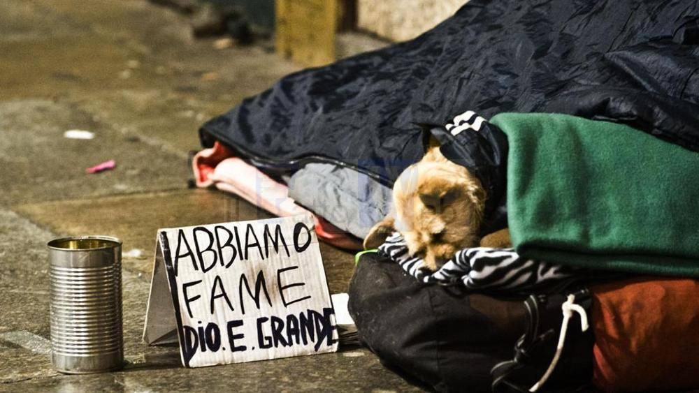 L'ordinaza del sindaco multa i senzatetto: sanzioni fino a 300 euro