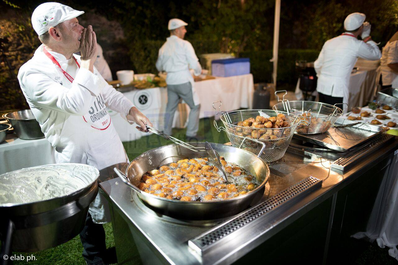 """Questa sera ritorna """"Straordinario"""", la festa del cibo di strada fuori dal comune"""